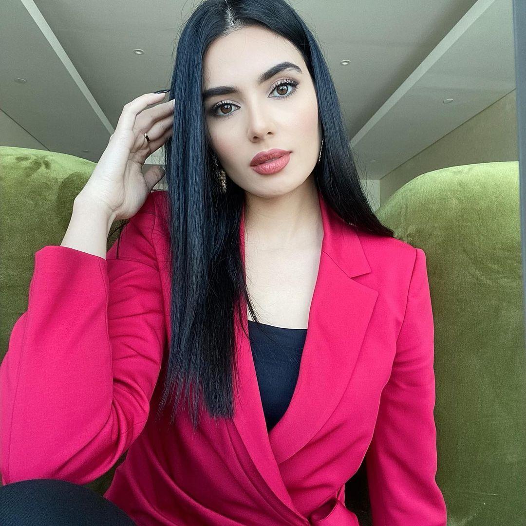 لينا-قيشاوي-ديانتها