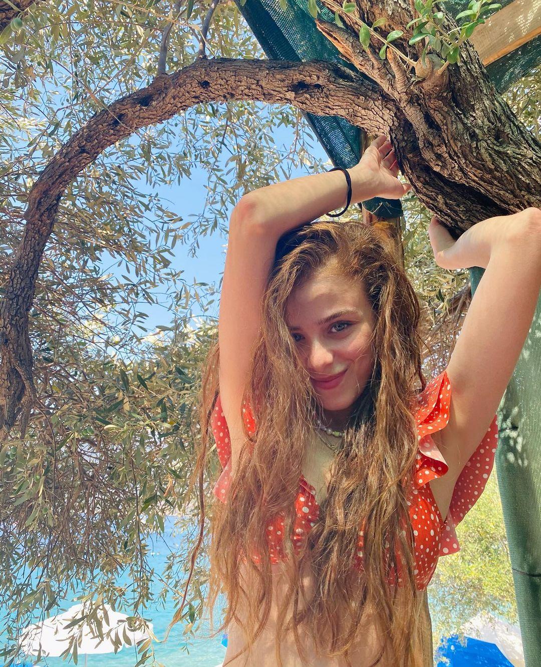 ايلايدا-أليشان-طولها