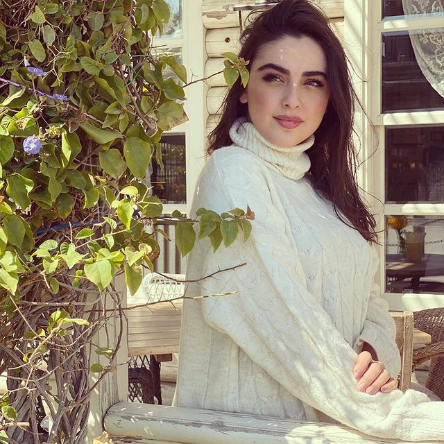 ريتا-خان-لبنانية